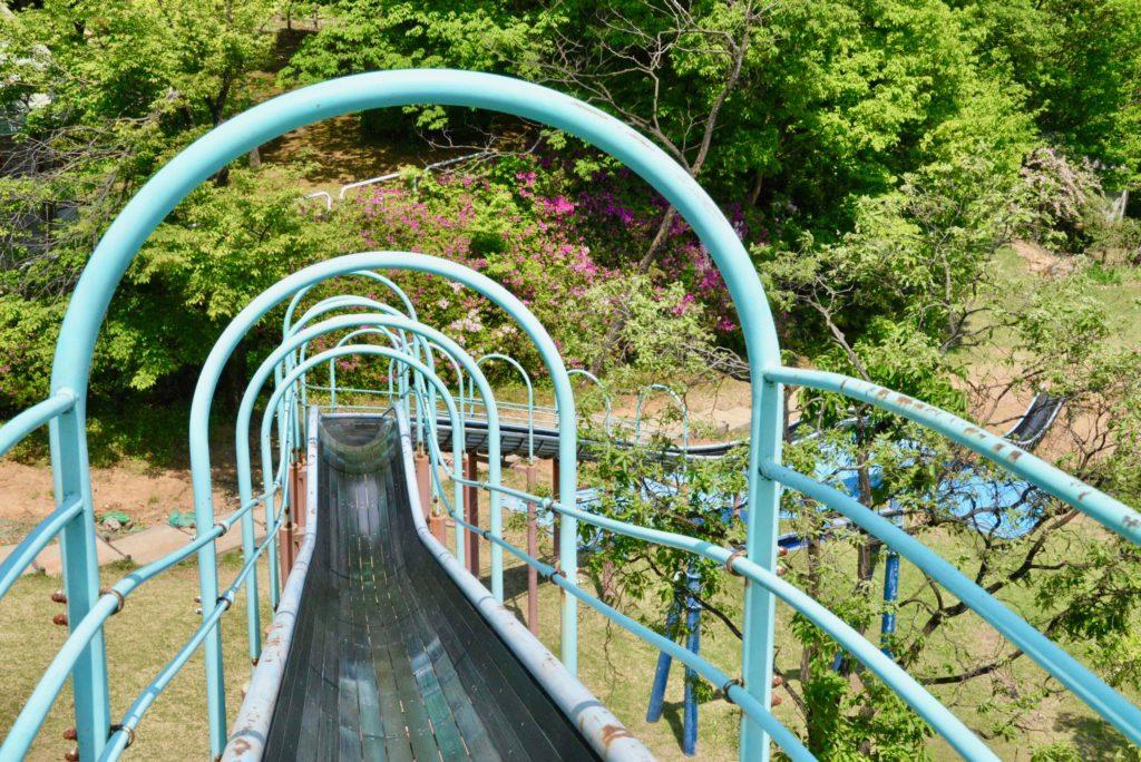 桜ヶ池公園すべり台